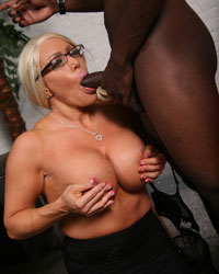 Alexis Diamonds Black Dick Creampie