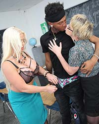 Alura Jenson & Dee Williams Blacks On Blondes Mpegs