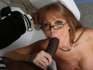 Lynn Pleasant Blacks On Blondes Darla Crane