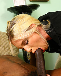 Blacks On Cougars Download BlacksOnCougars.com Pix