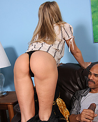 18 Big White Wet Butts 10 Real Rap Talk   Julia Ann