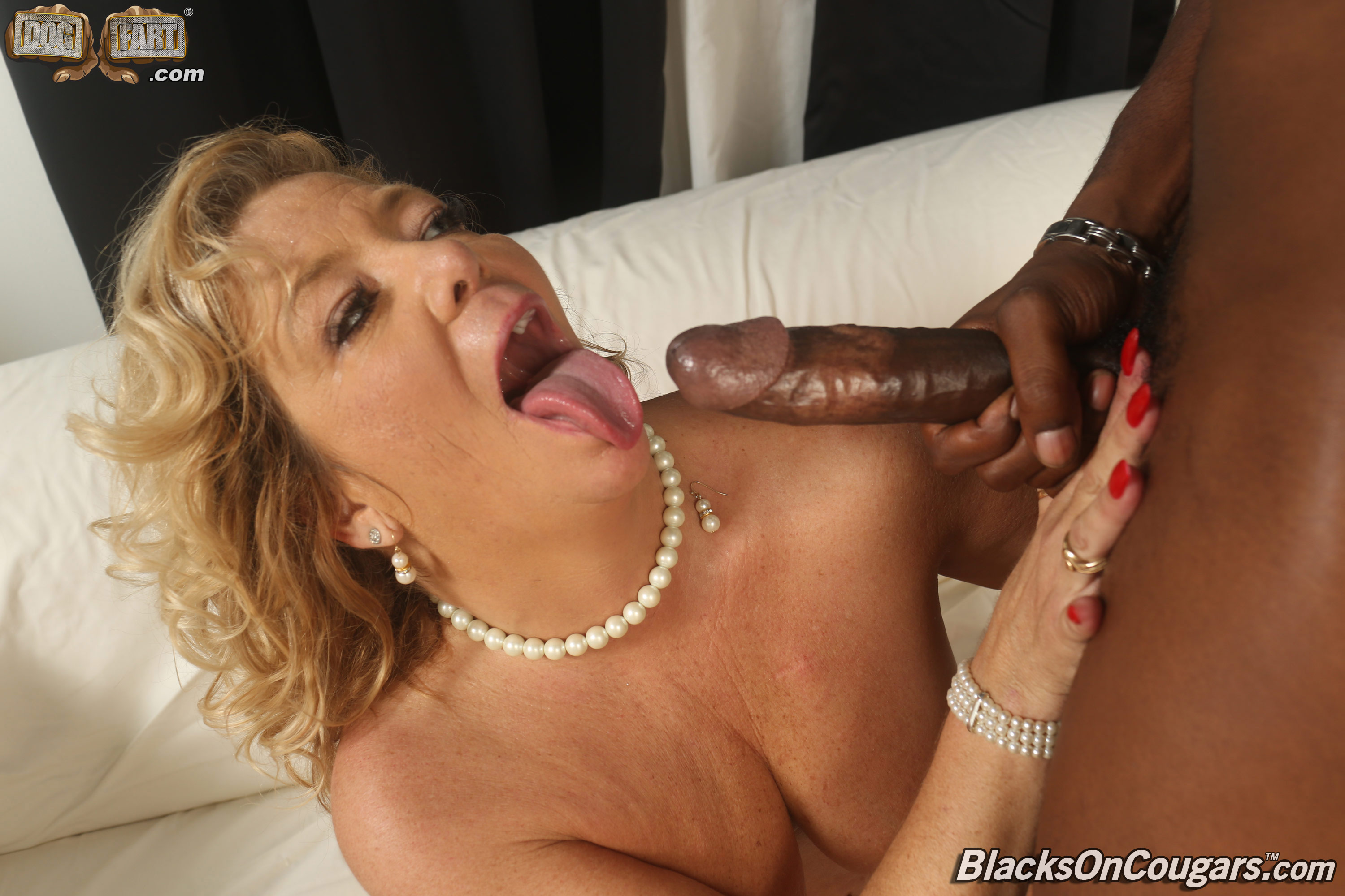 image Flower tucci fucks and squirt in front of her son