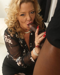 Karen Summer Milfs And Black Cock