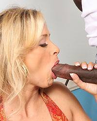 Payton Leigh - Hot Blond Cougar MILF fucks 2  blacks cumeat