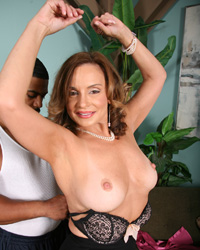 Rebecca Bardoux Blacks On Cougars Videos